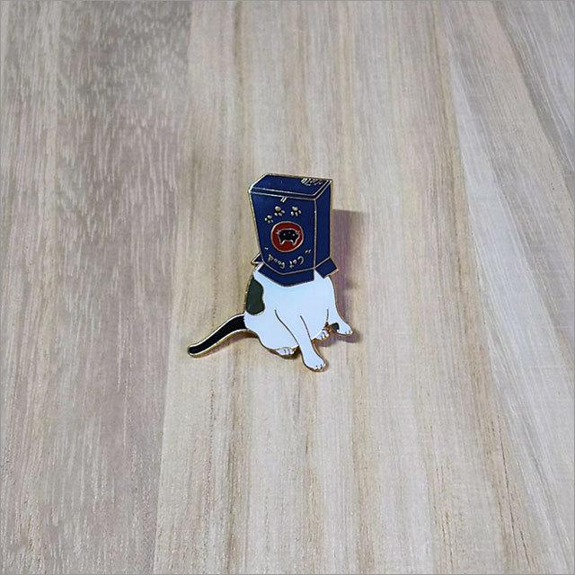 ピンバッチ(猫と紙袋)