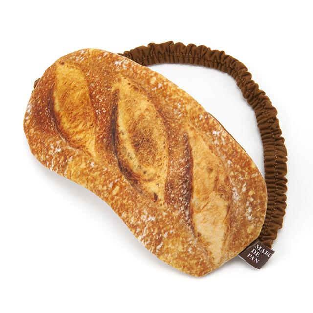 大好きなパンと寝るときまで一緒!「フランスパンアイマスク」