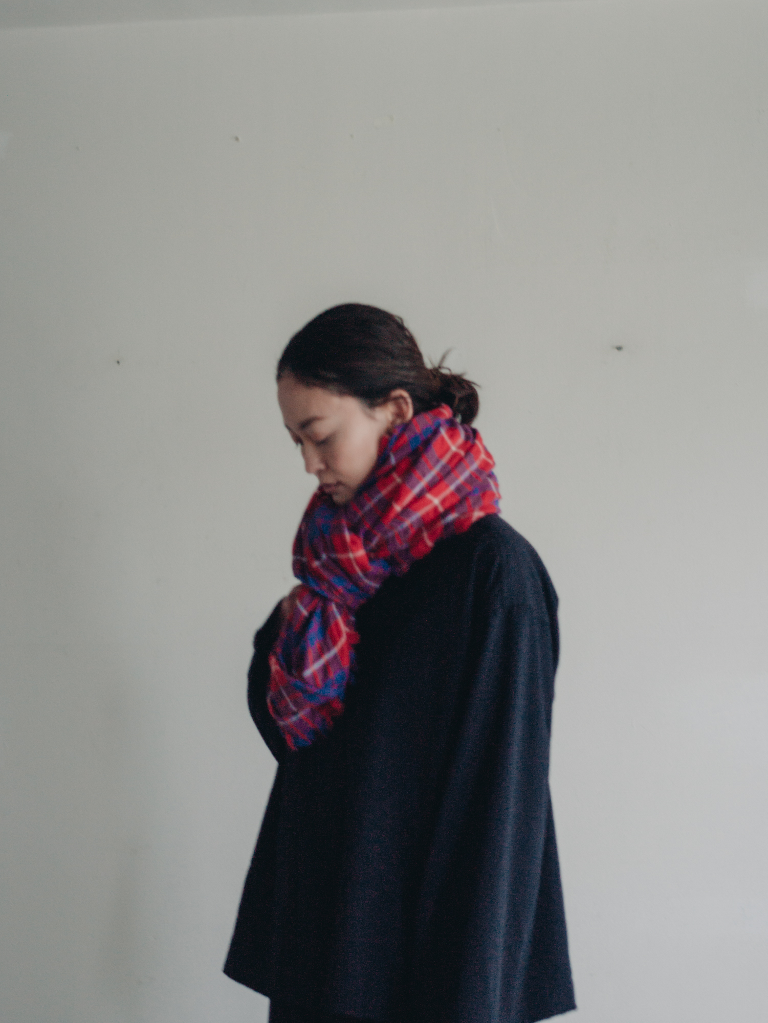 0146 cotton/wool  tartancheck stole / red,blue