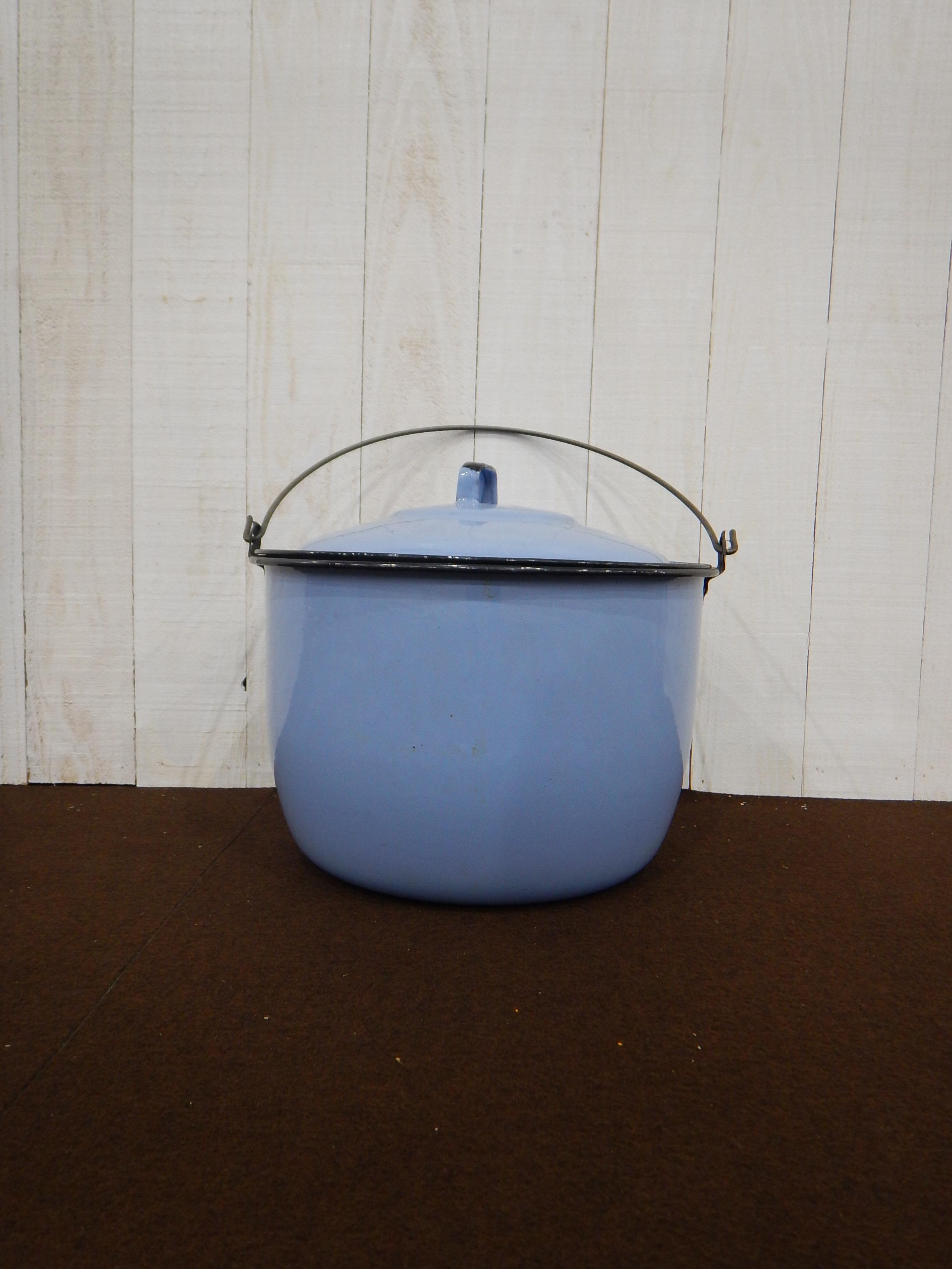 品番4446 青い鍋 / Pot 011