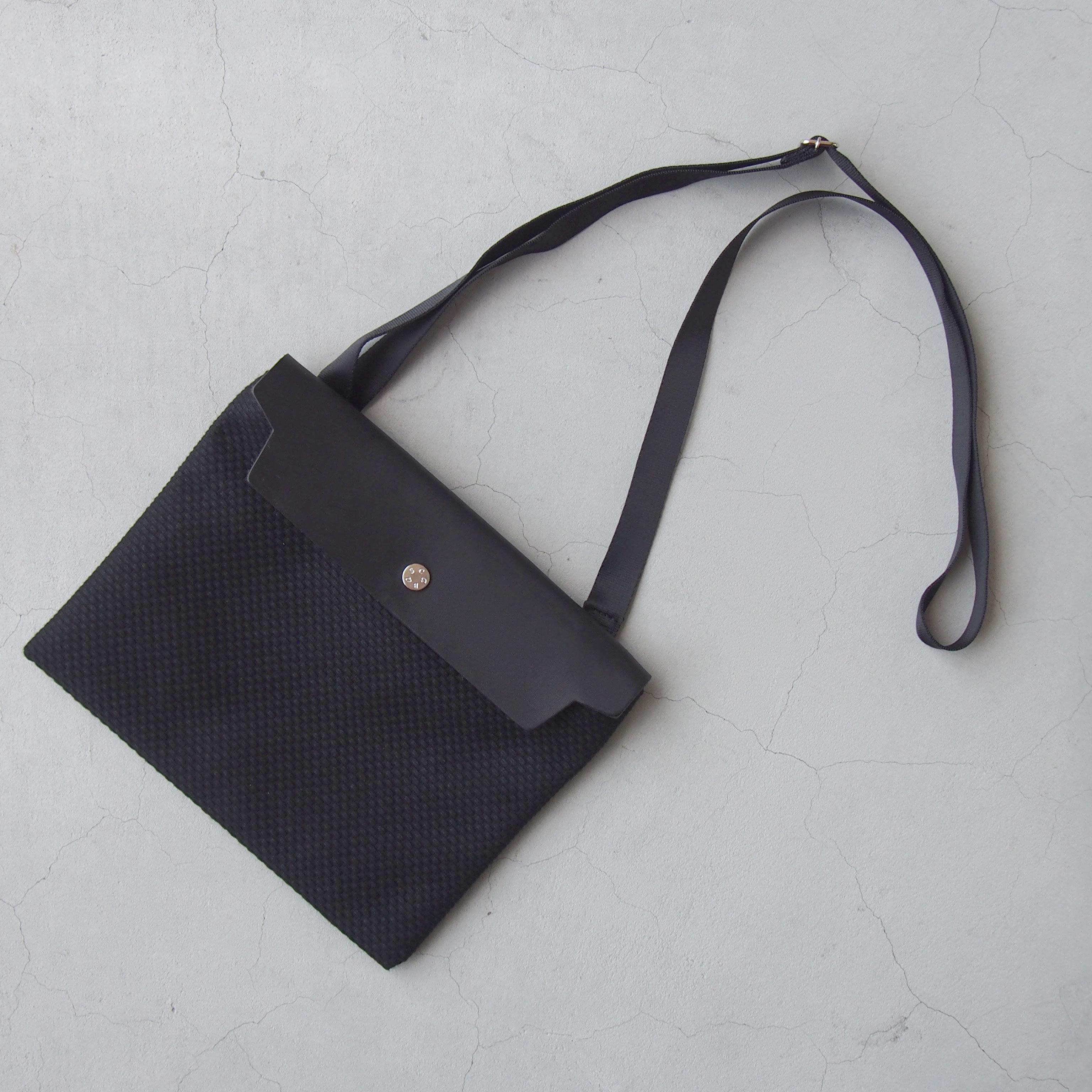 CaBas N°60 Micro Shoulder medium Black