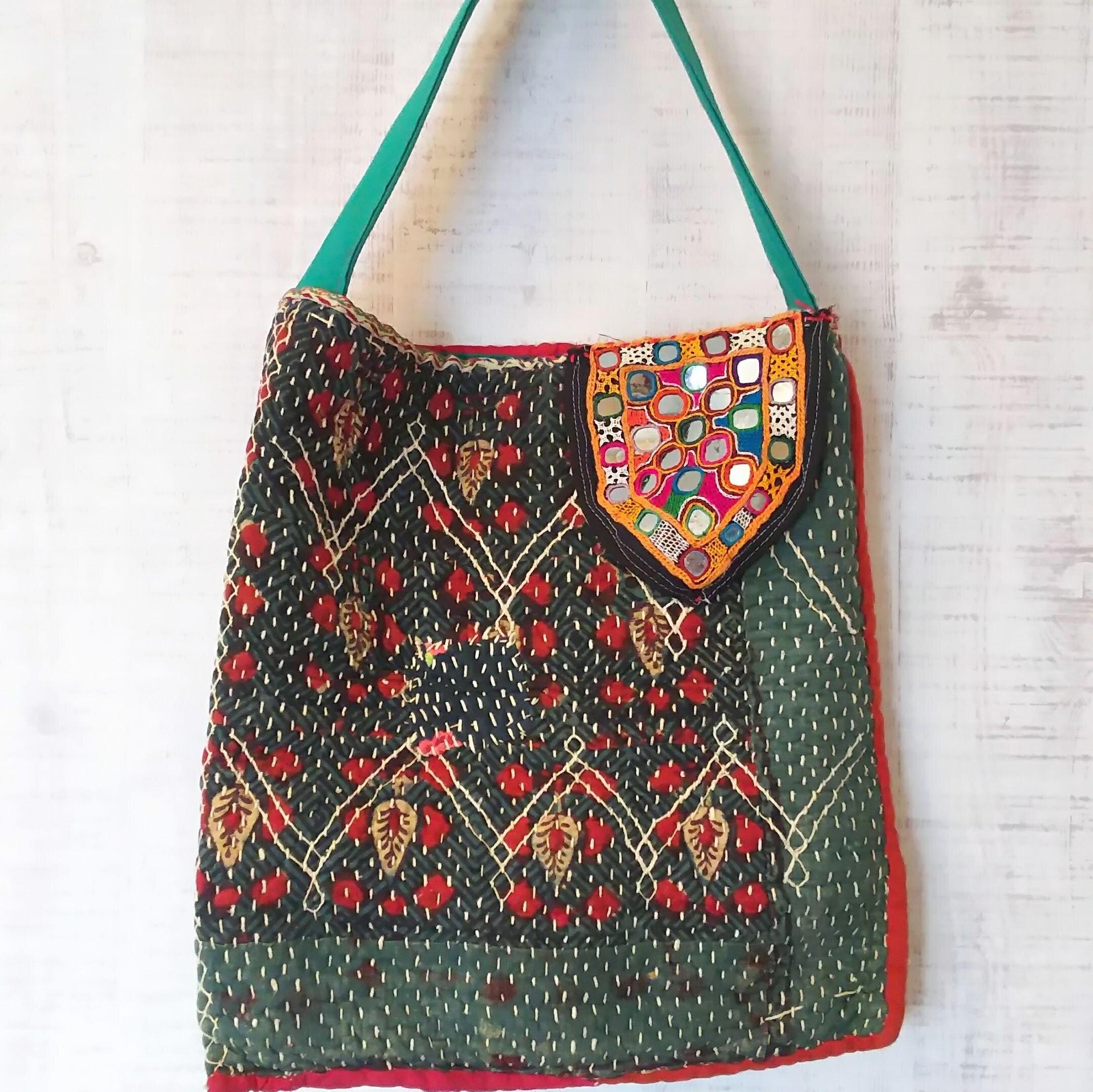 チェンマイ ミラーワーク刺繍つき古布を使った刺し子刺繍バッグ