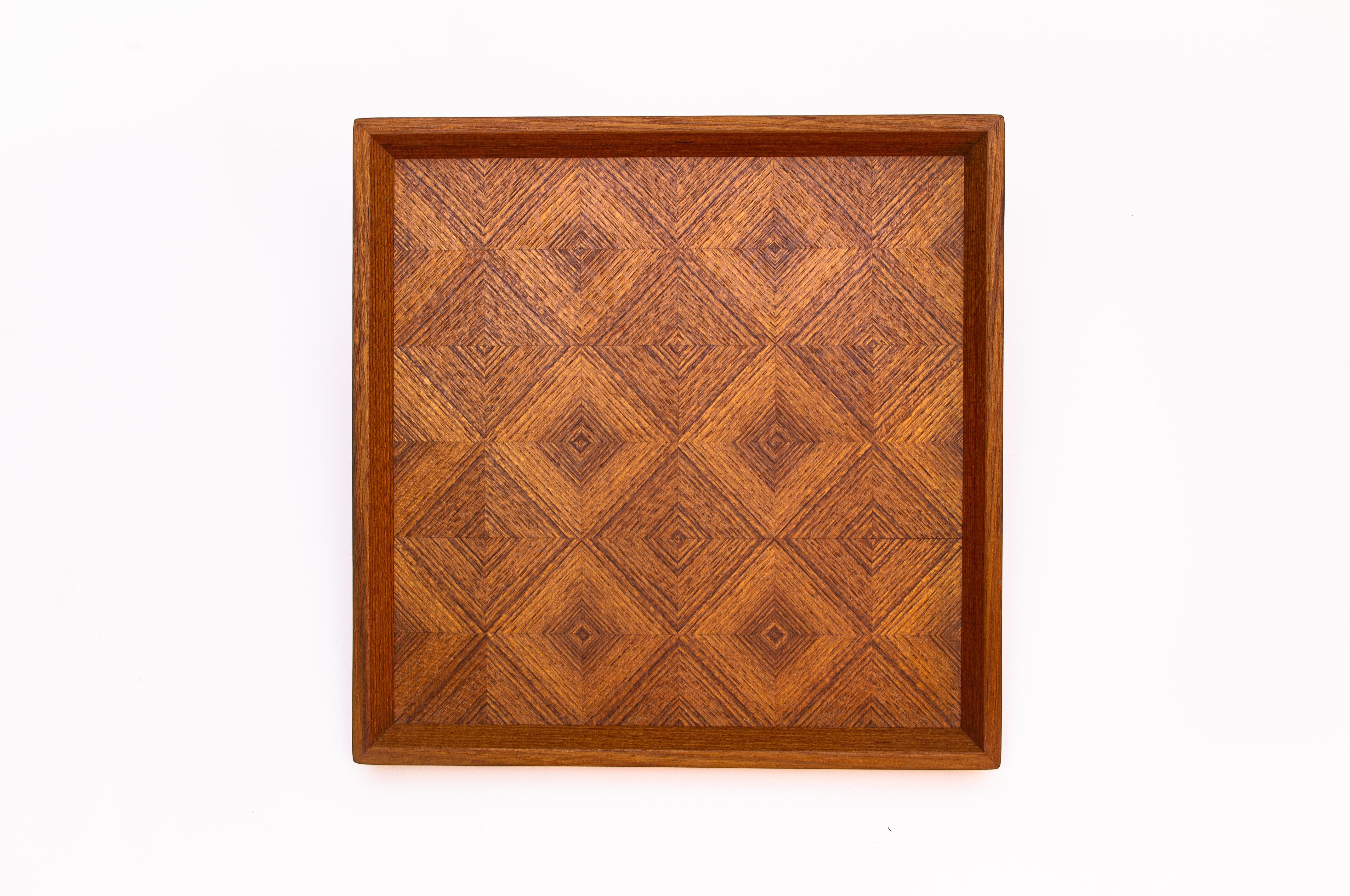 ブビンガ 市松模様正方形のトレー CBBG-0310