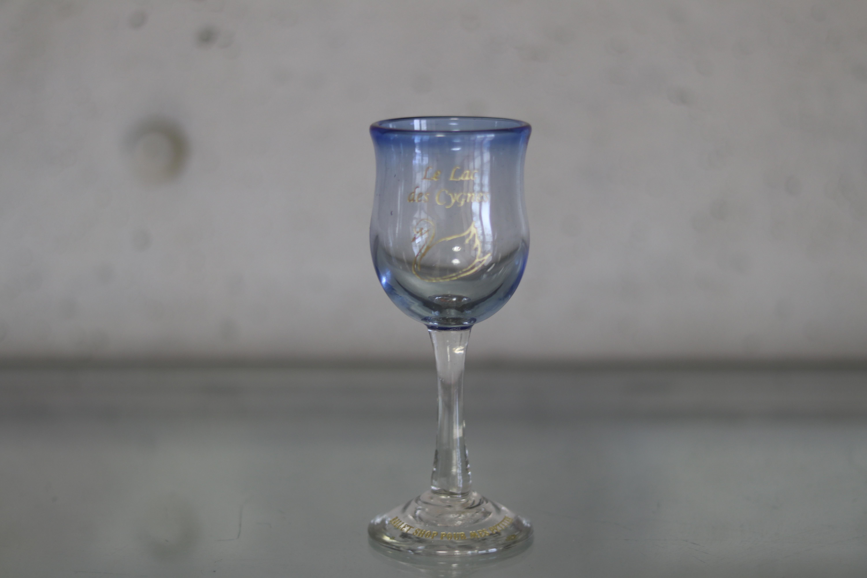 オリジナル琉球ガラス:ワイングラス スワン④