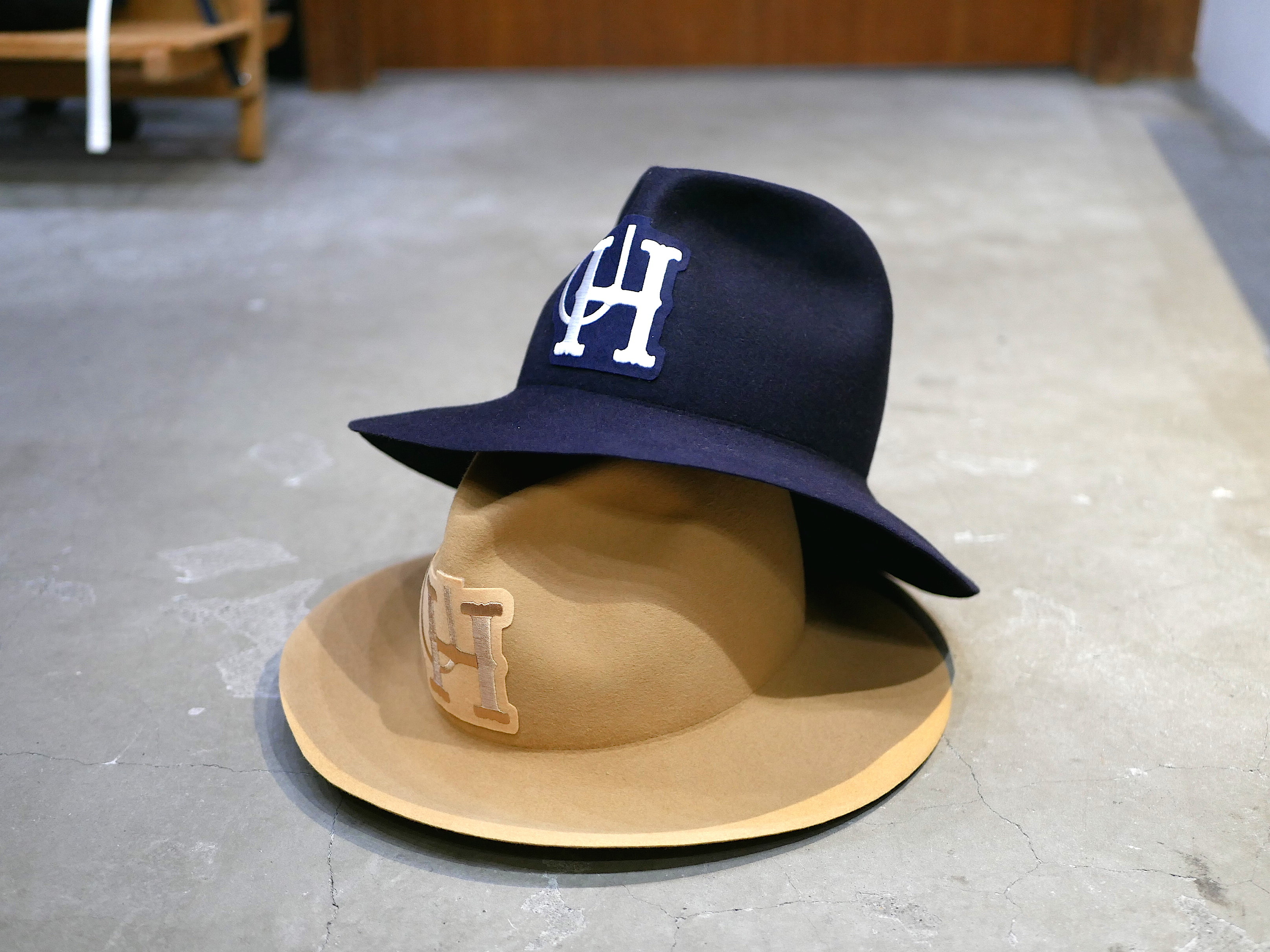 U.H × Saravah / RABBIT HAIR HAT