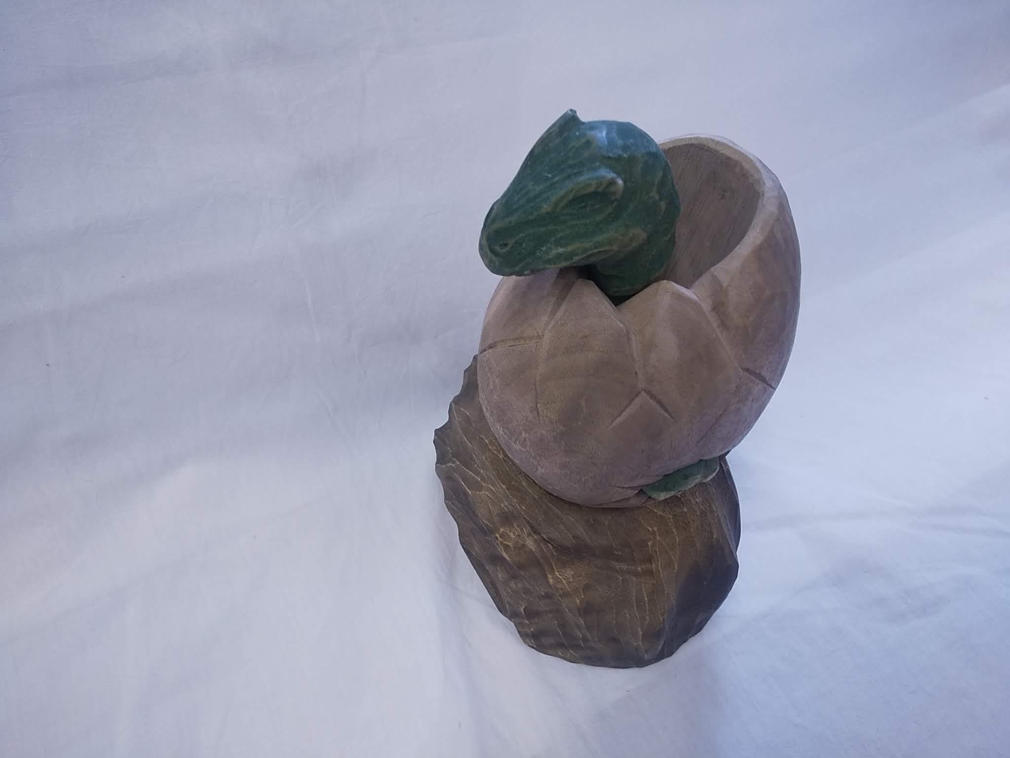 恐竜の靴ベラ岩付き