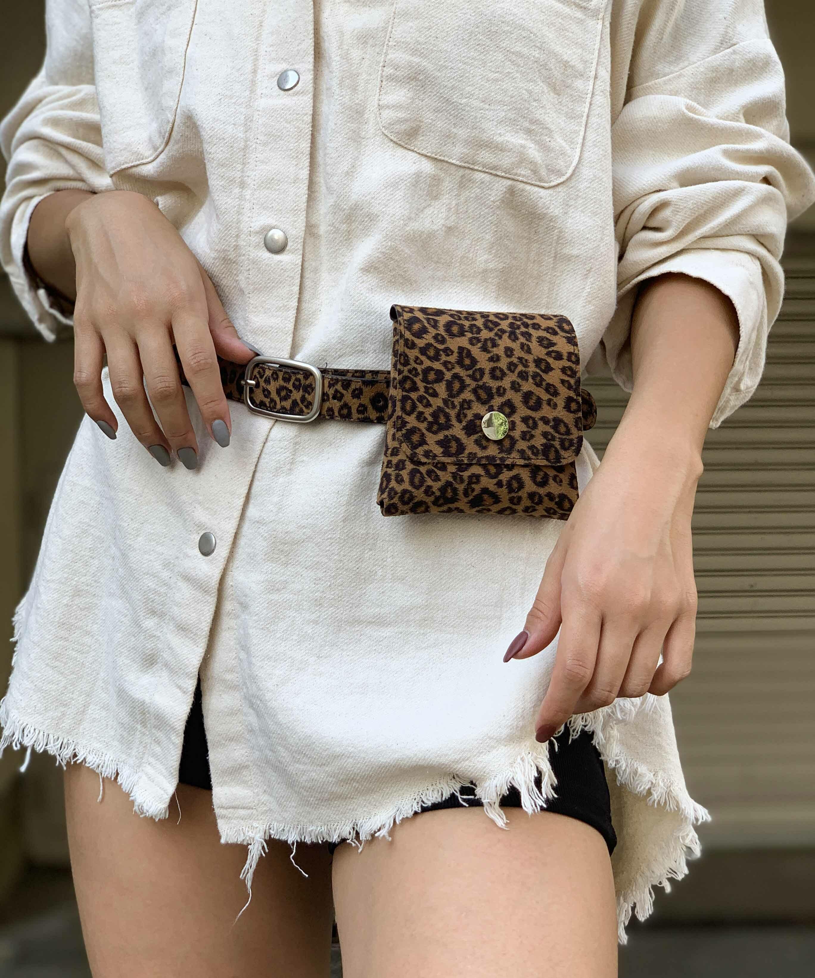 Leopard mini waist pouch