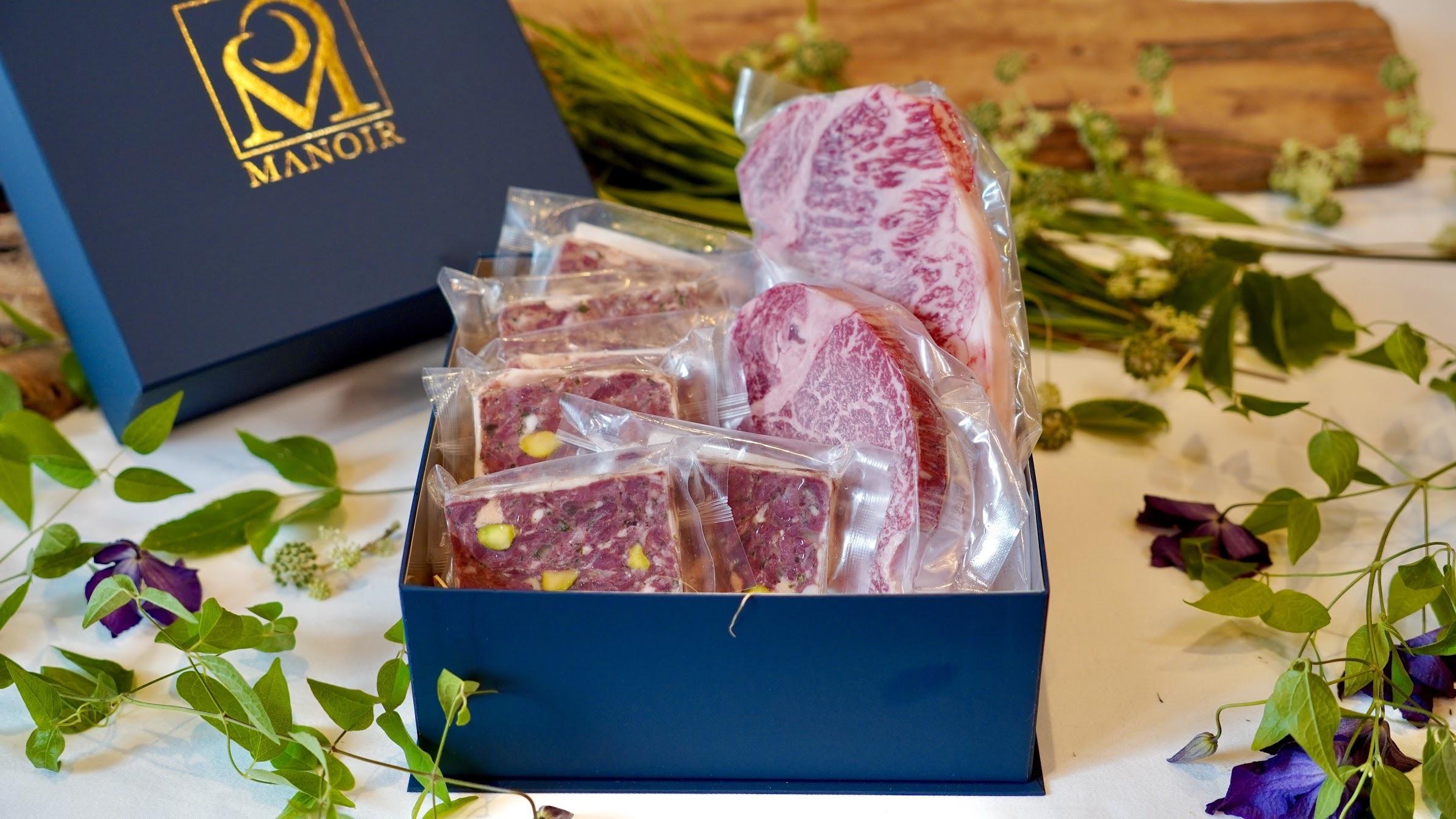 熊野牛ロース200g×1枚と熊野牛フィレ肉150g×1枚とマノワのジビエ、日本鹿のテリーヌ3枚+いのししのテリーヌ3枚セット