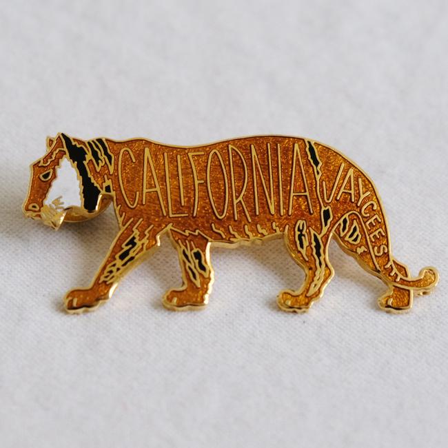 カリフォルニアタイガーピンバッジ /285/ USA アメリカ