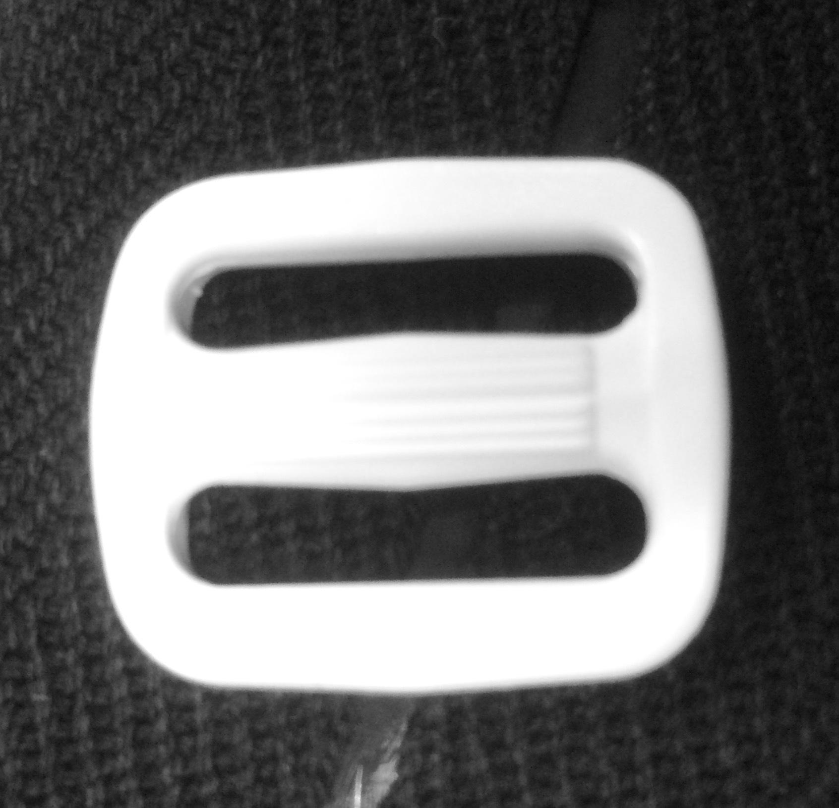 NIFCO プラスチックパーツ バックル 「白」 T-20  2個