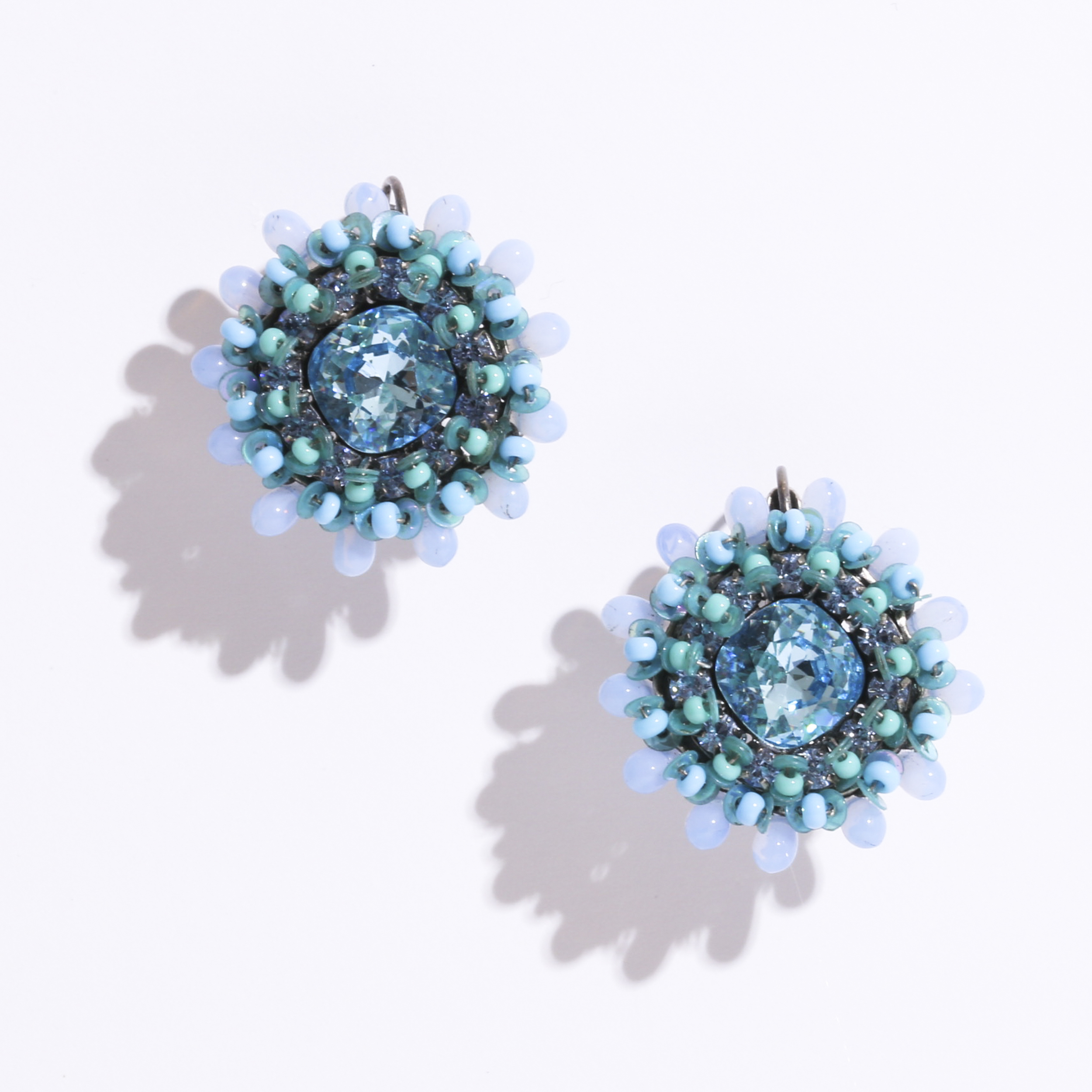 beads blue ピアス