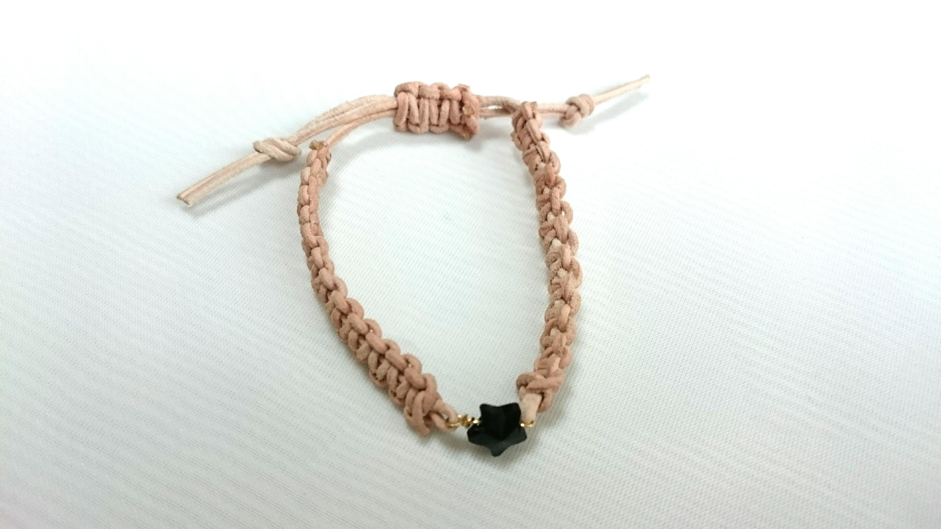 【black】star leather bracelet