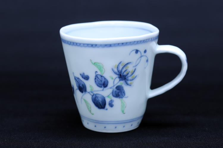 藍水 染錦レンゲ マグカップ(小) うつわ藍水(波佐見焼)