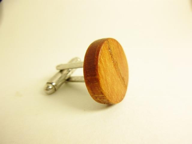 木のカフスボタン ケヤキ
