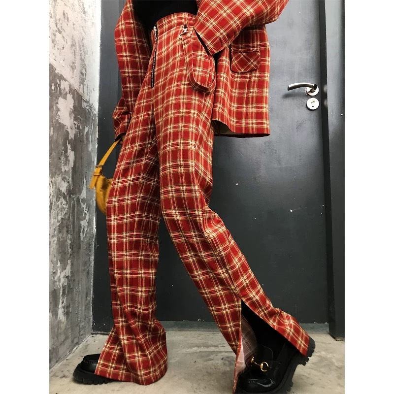 stylish check red pants