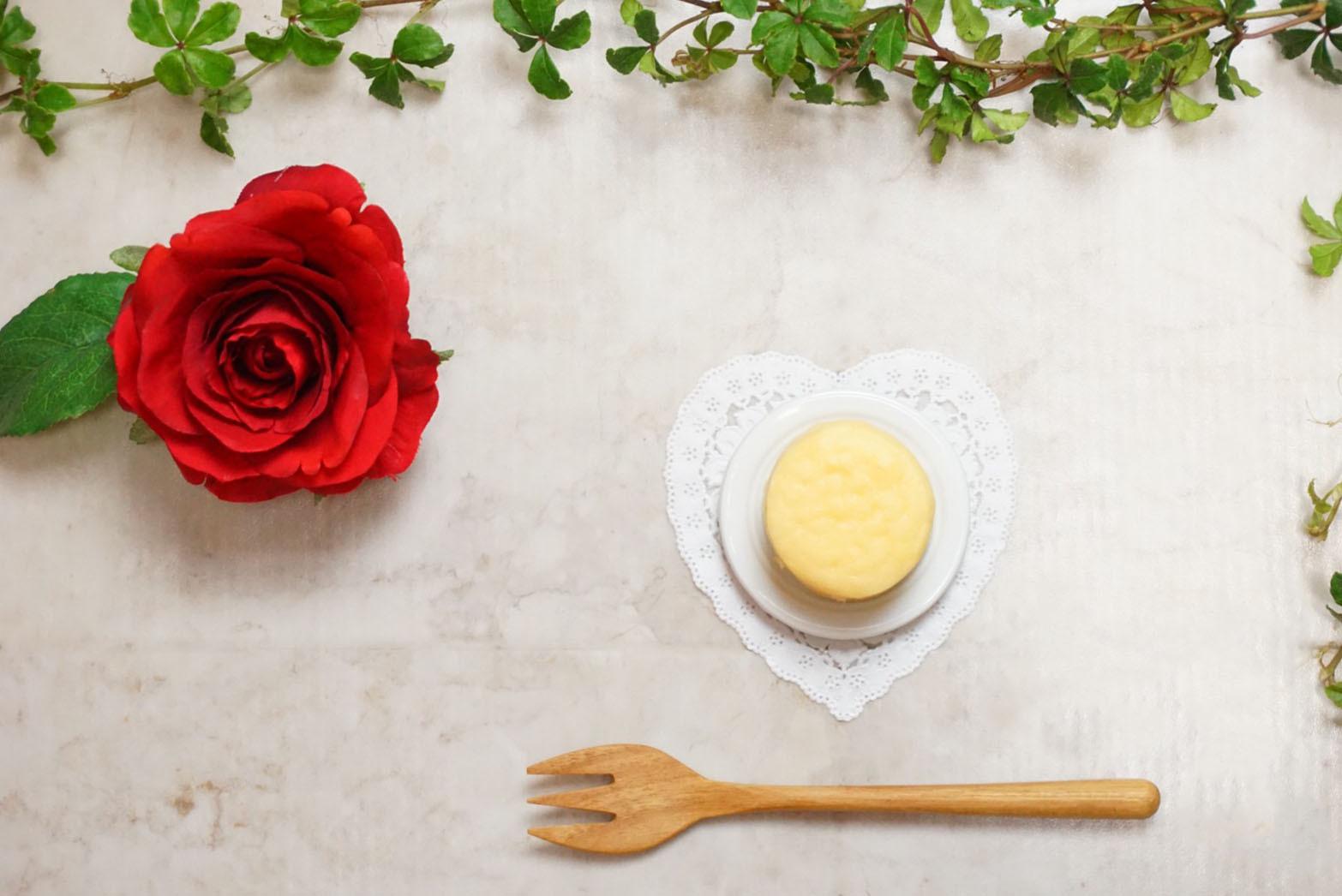 スフレチーズ 1箱(10コ入り) - Soufflé Cheesecake(10 pieces)