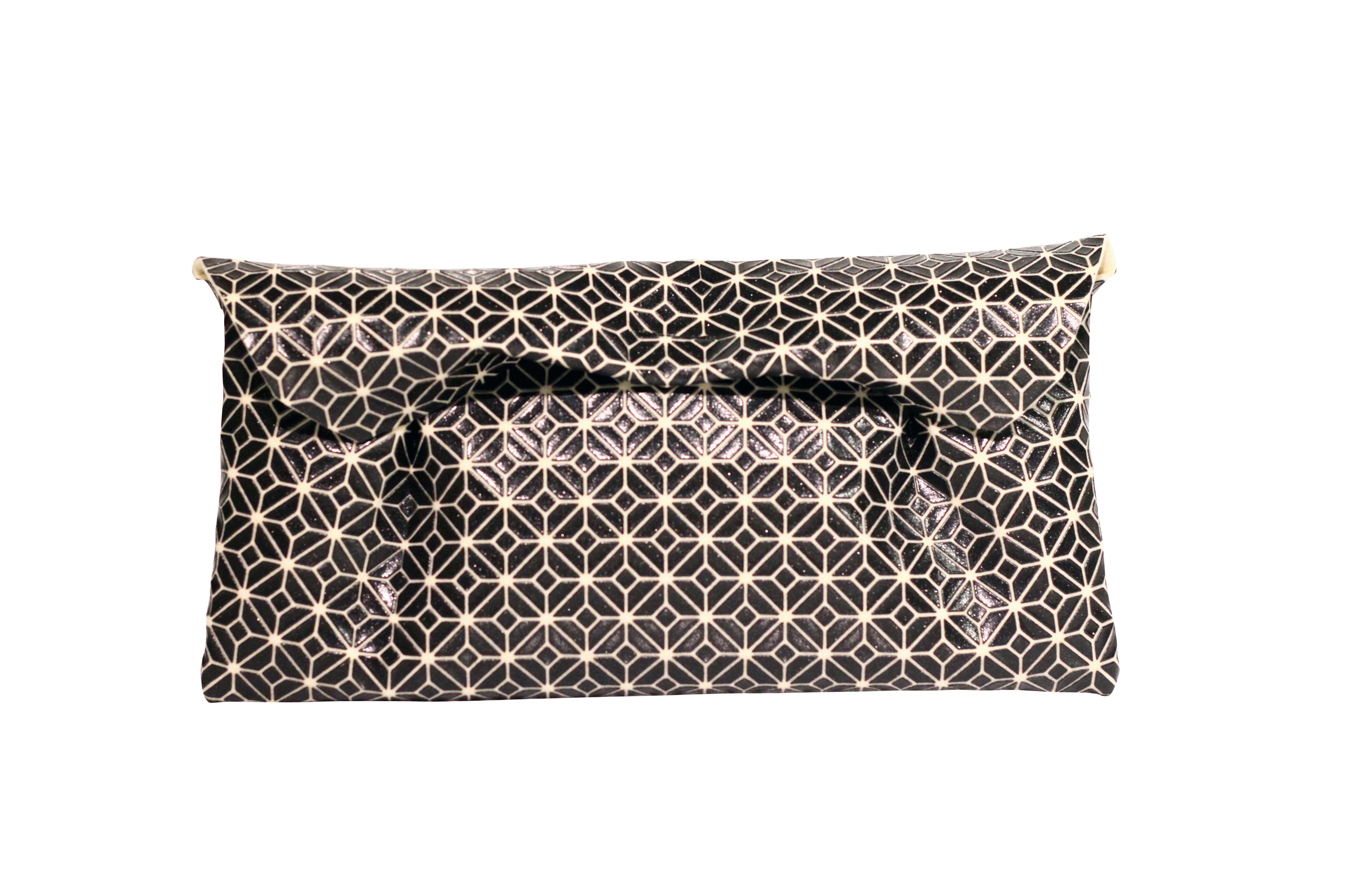 FUKUSA CLUTCH/BLACK WHITE