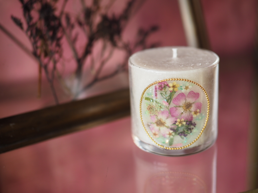 Pressed Flowers Candle 10