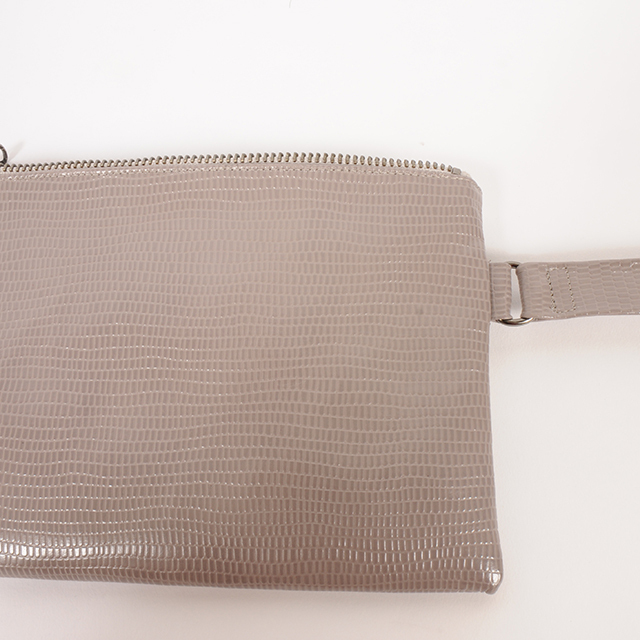hs19AW-IRFG02 LEATHER SQUARE BAG -L