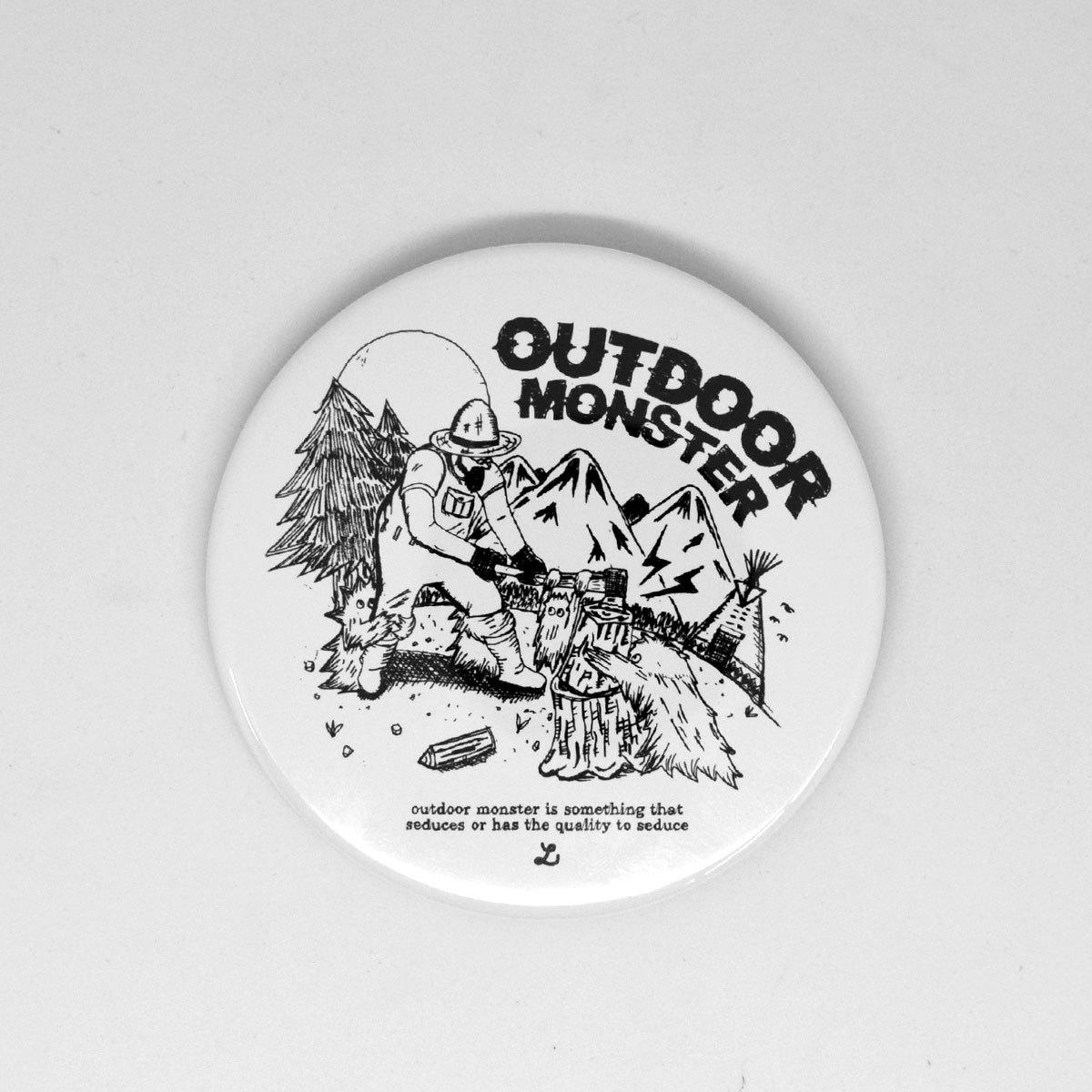 OUTDOOR MONSTER(アウトドアモンスター) 缶バッジ