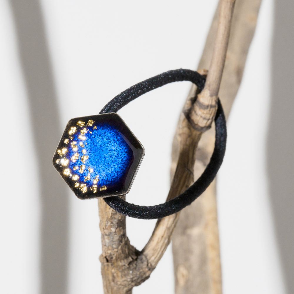 藍色 六角 陶器 星屑 ヘアゴム 美濃焼