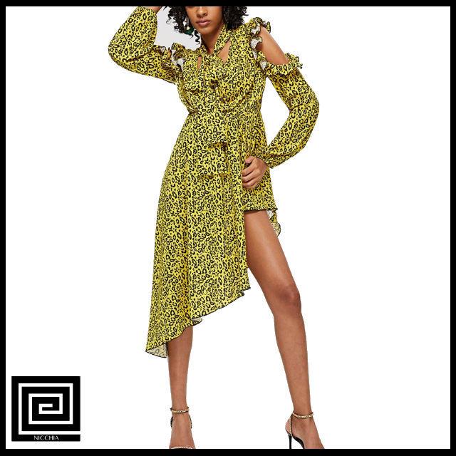 フリルコールドショルダーレオパードドレス