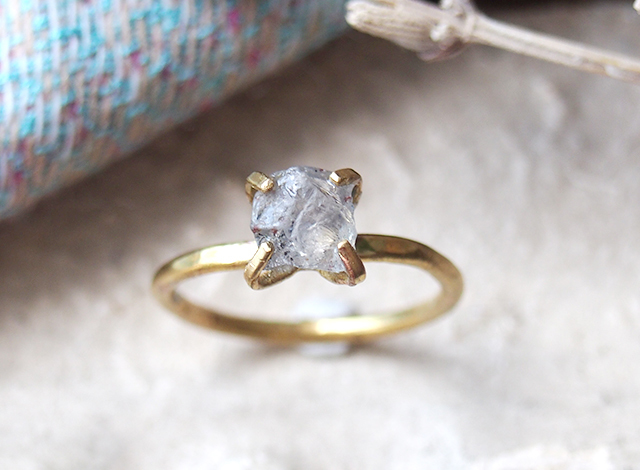 [一点物]原石のサファイアのリング