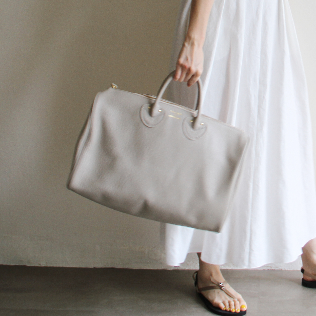 YOUNG&OLSEN【 womens 】embossed leather boston m