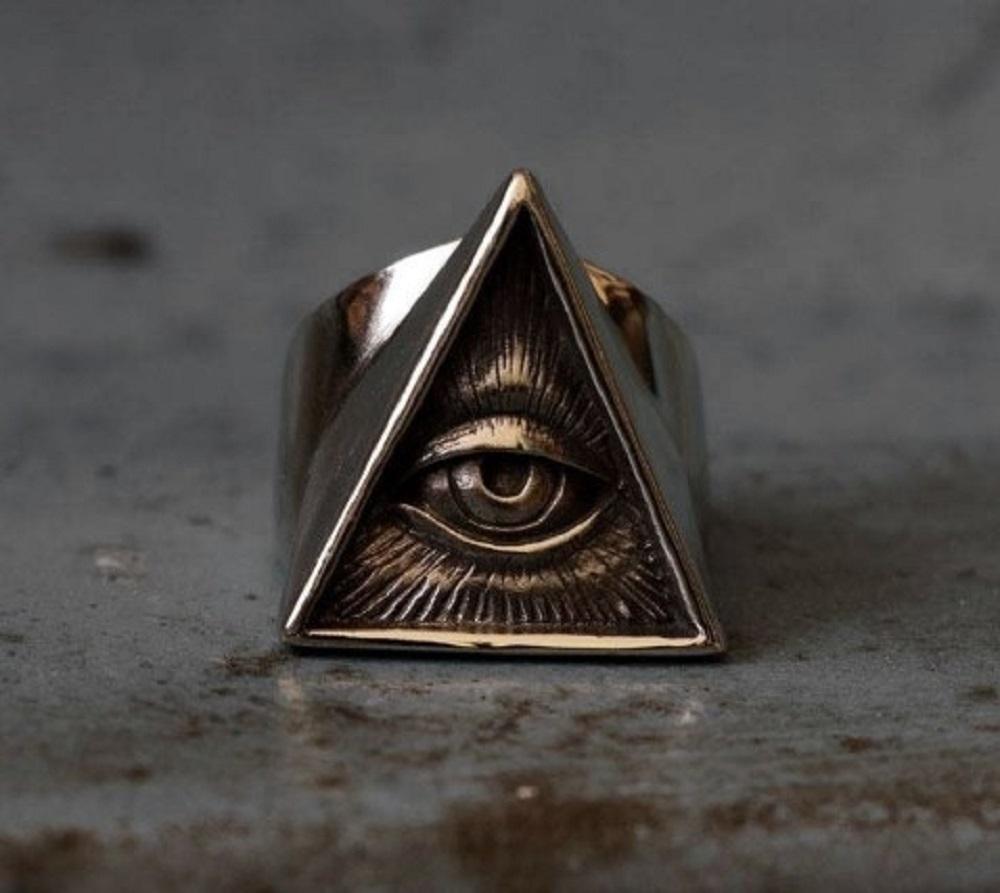 プロビデンスの目 ピラミッド リング メンズ ストーンアイ 万物を見通す目 指輪 真実の目 三角 フリーメイソン シンボル マーク シルバーアクセサリー 都市伝説
