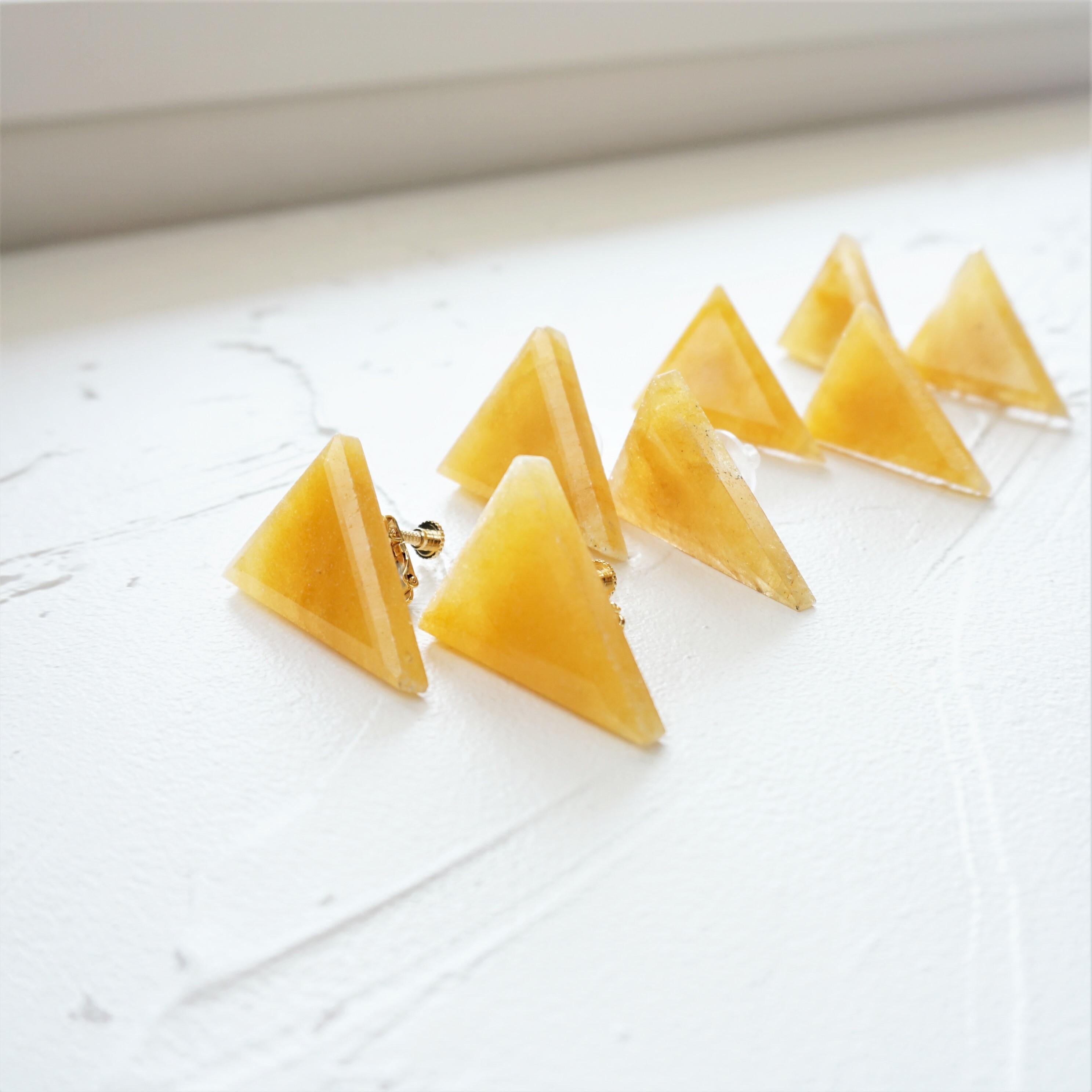 14kgf*Yellow Aventurine Triangle pierced earring / earring