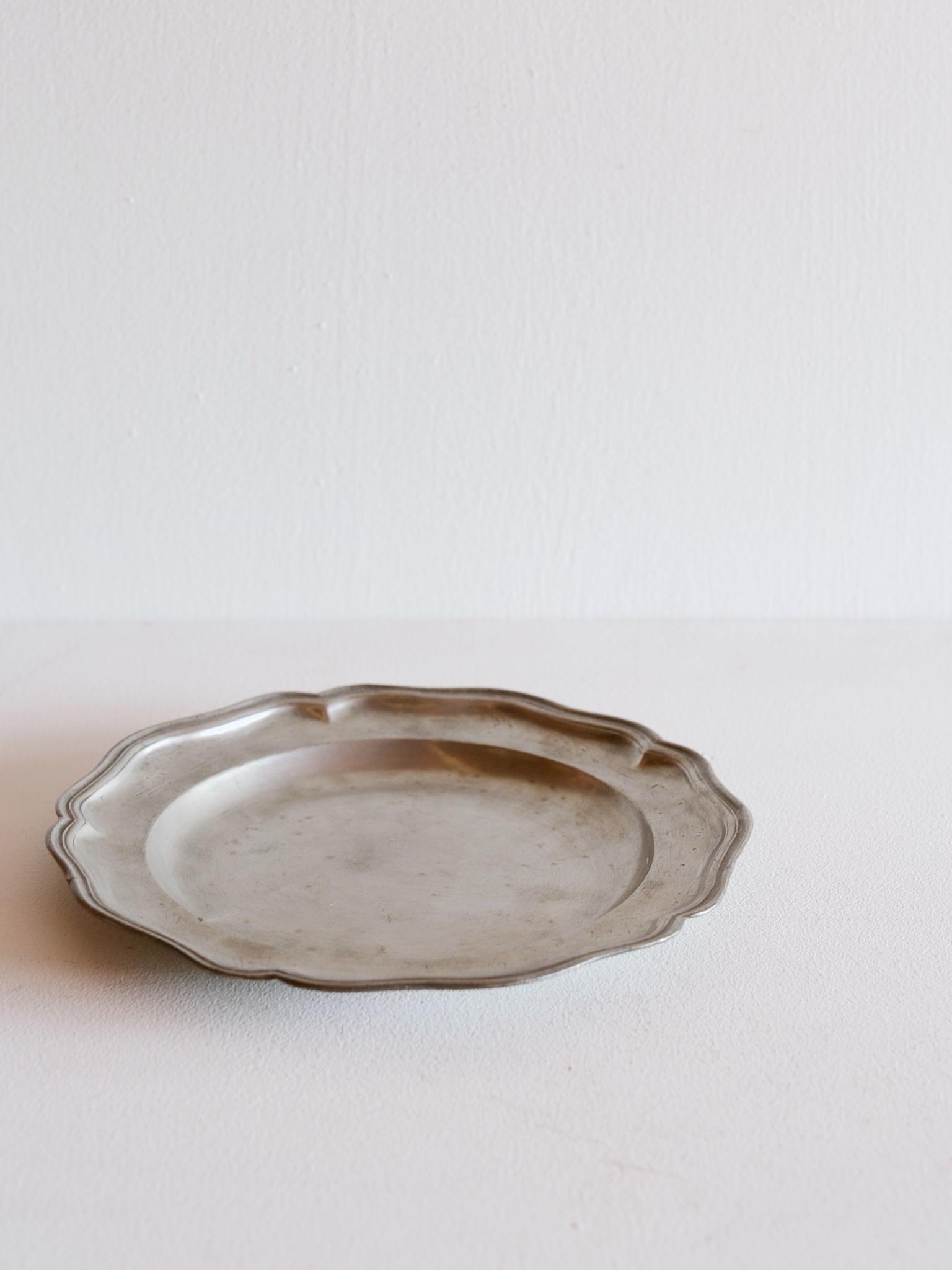 ピューター皿-pewter plate