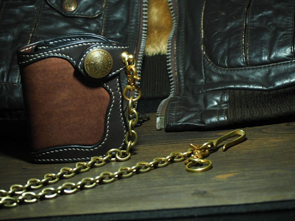 インレイと呼ばれる技術で仕立てた ショートウォレット【crown】customモデル ≪二つ折り財布≫