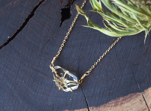 【一点物】原石のダイヤモンドクォーツのネックレス