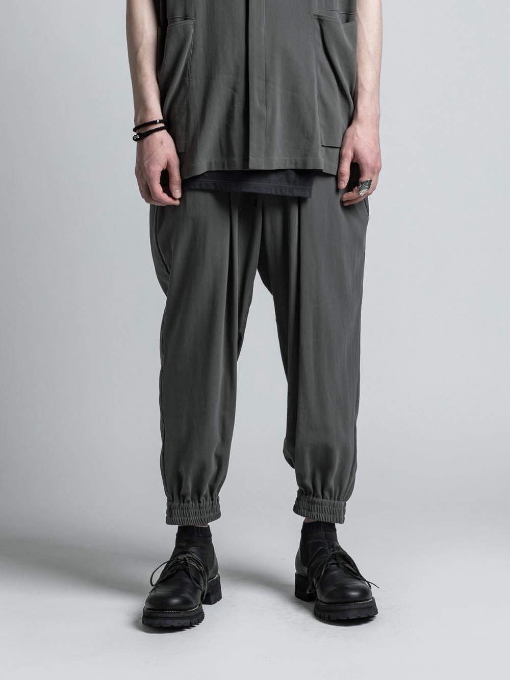 VI-3202-04 / 強撚二重織りコットンカフパンツ