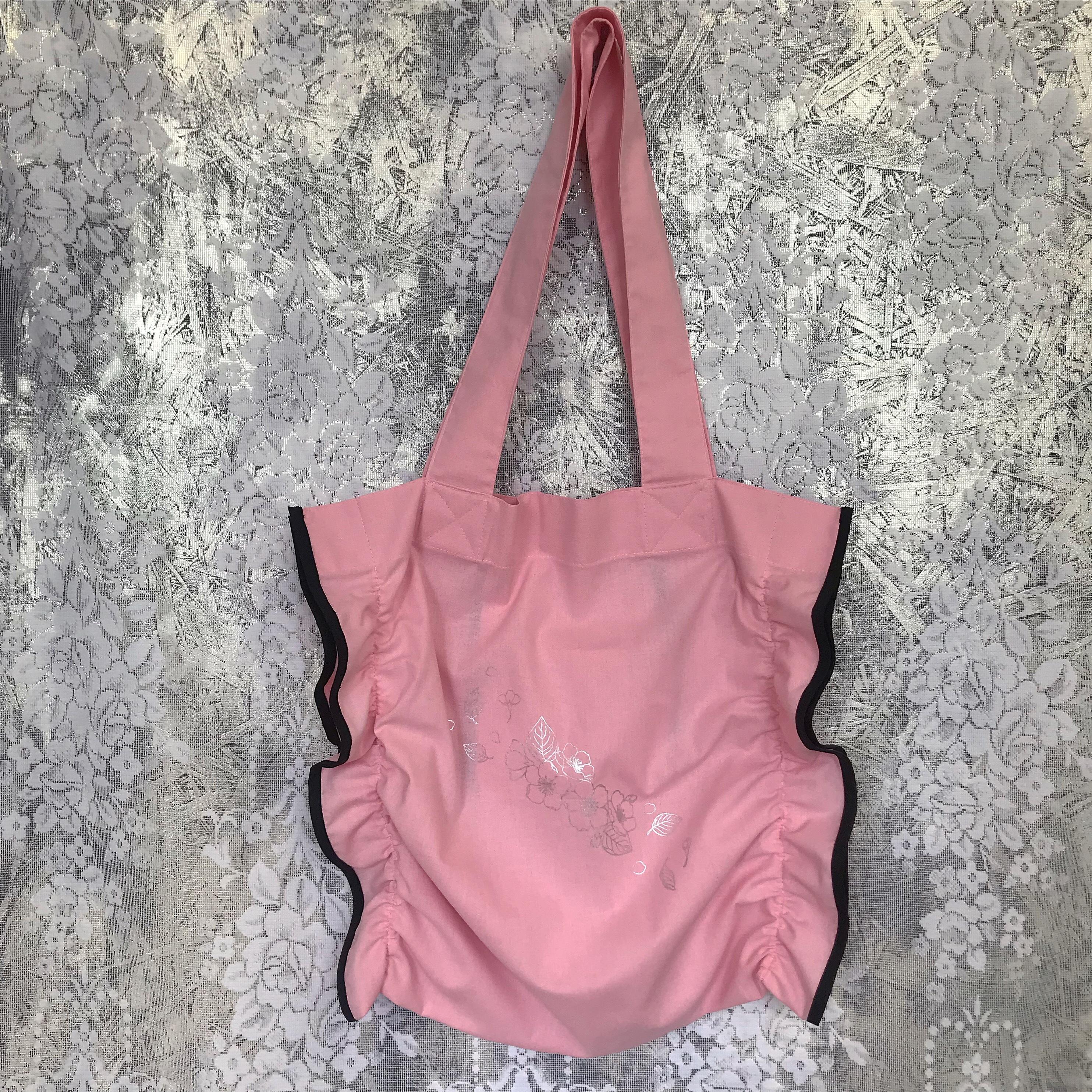Shirring tote bag〈Pink×Black〉