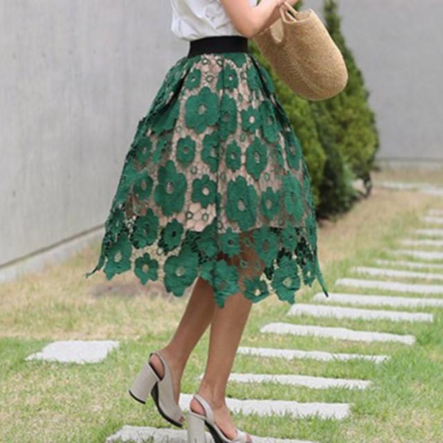 レディース☆おすすめのお品☆ トレンドの花柄 レース刺繍 スカート 膝丈 ハイウエスト フレア エレガント