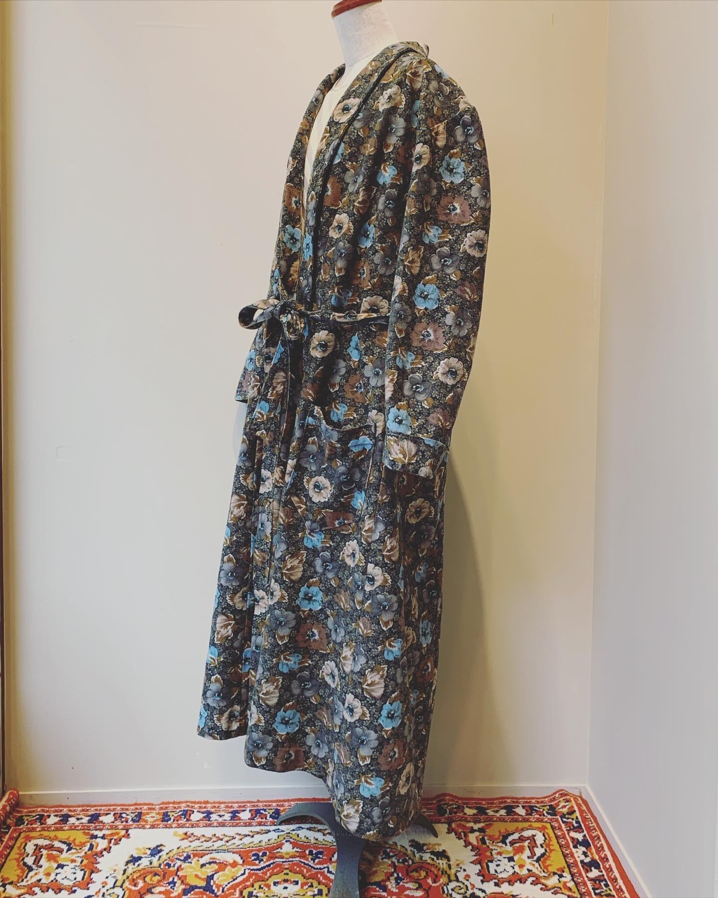 vintage flower Design gown