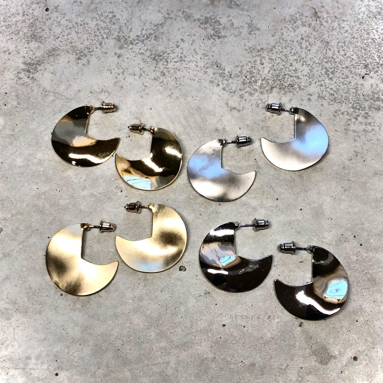 【LP-46BR】 Quarter circle pierced