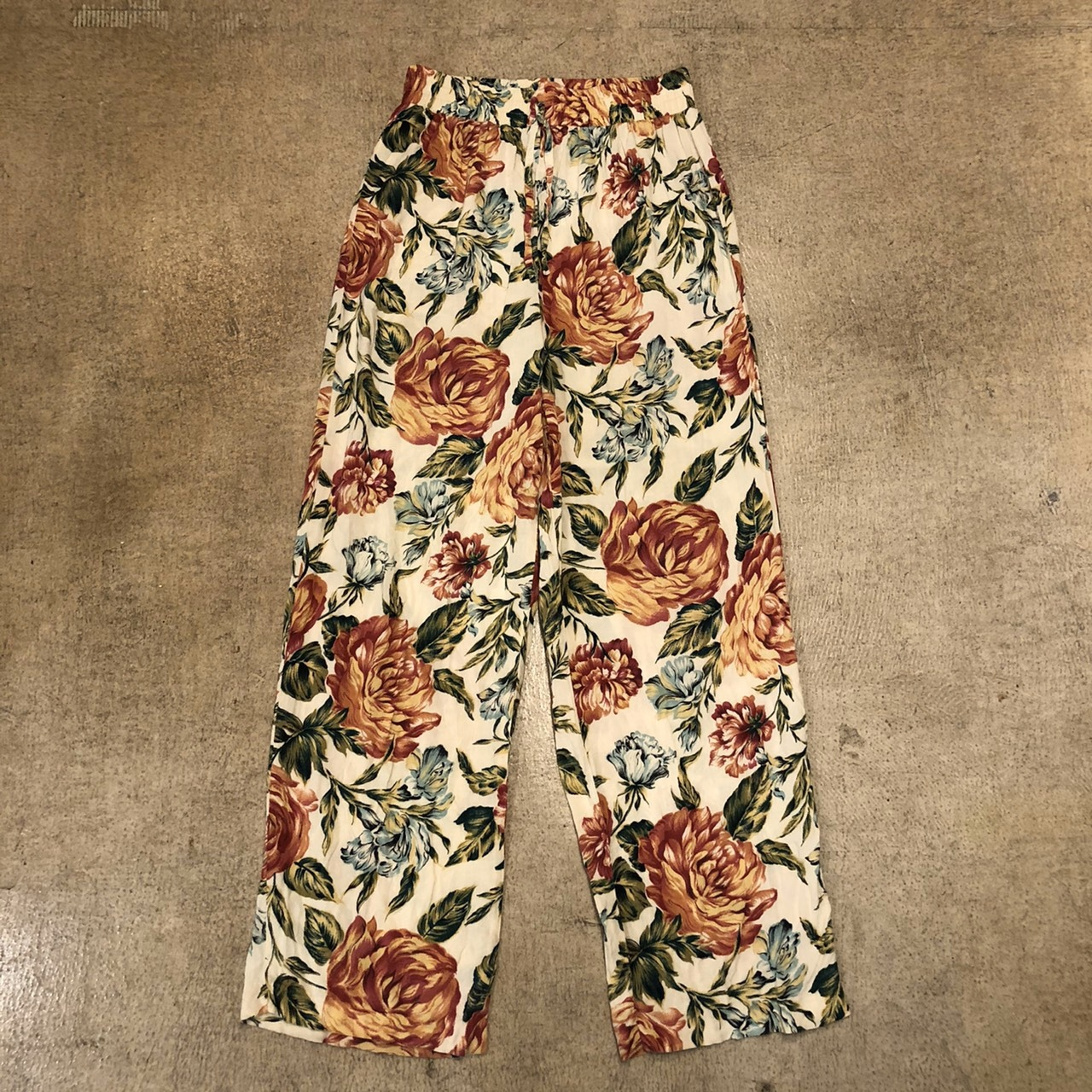 Floral Easy Pants White ¥5,400+tax