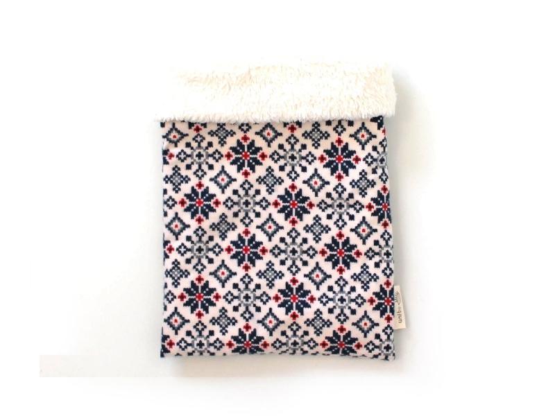 ハリネズミ用寝袋 M(冬用) フランネル×ボアフリース 雪の結晶 ホワイト
