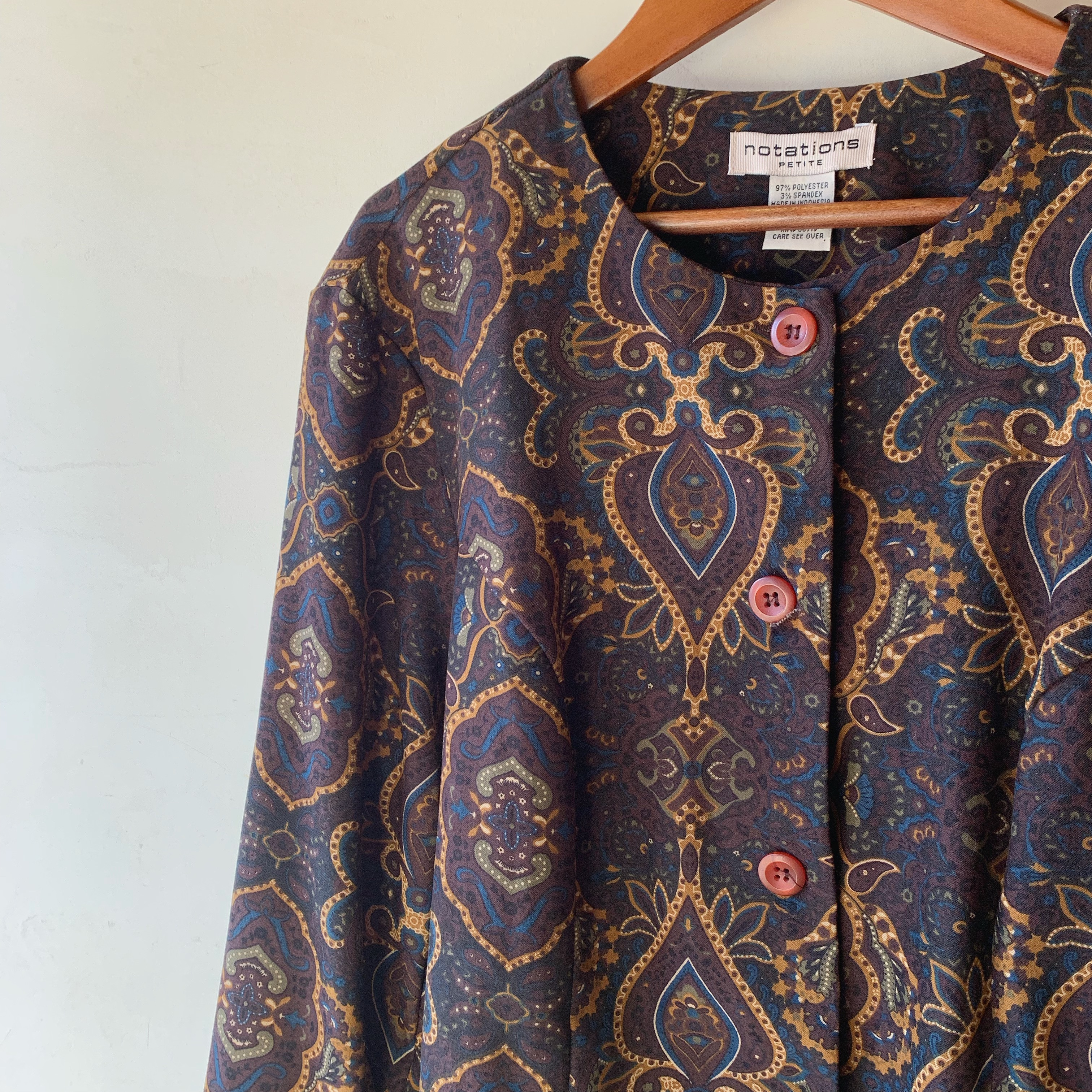 vintage paisley nocallor tops