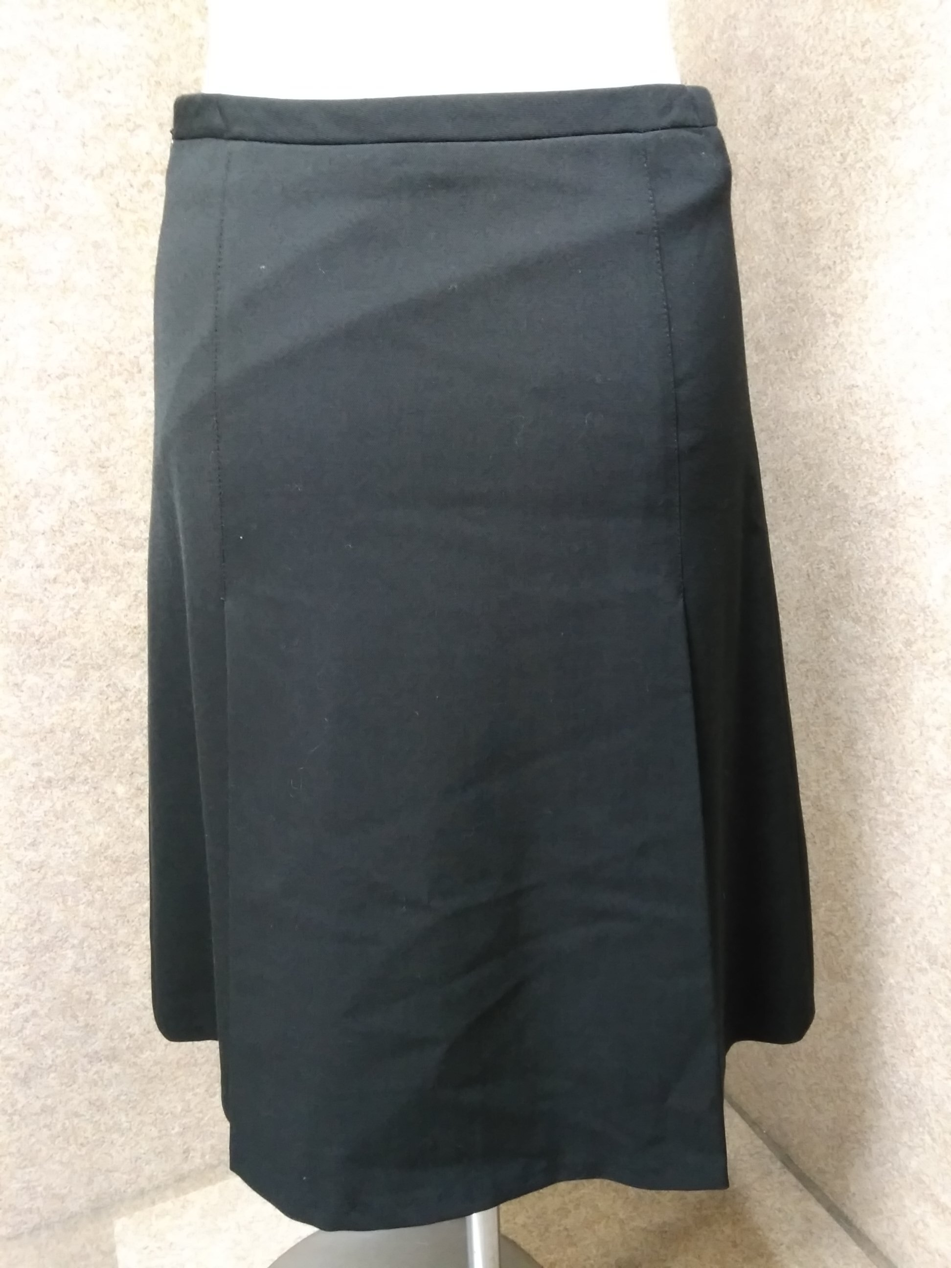 アスペジ ASPESI スカート 黒 38 イタリア製 mu803e