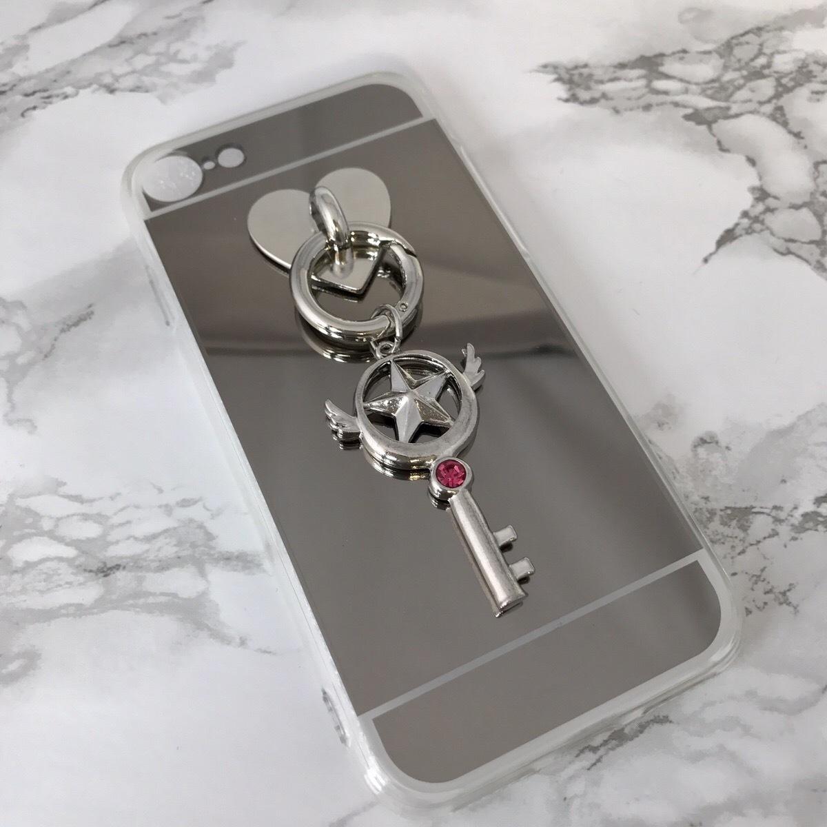 【送料無料】ミラーソフトケースに かわいいチャーム iPhoneケース