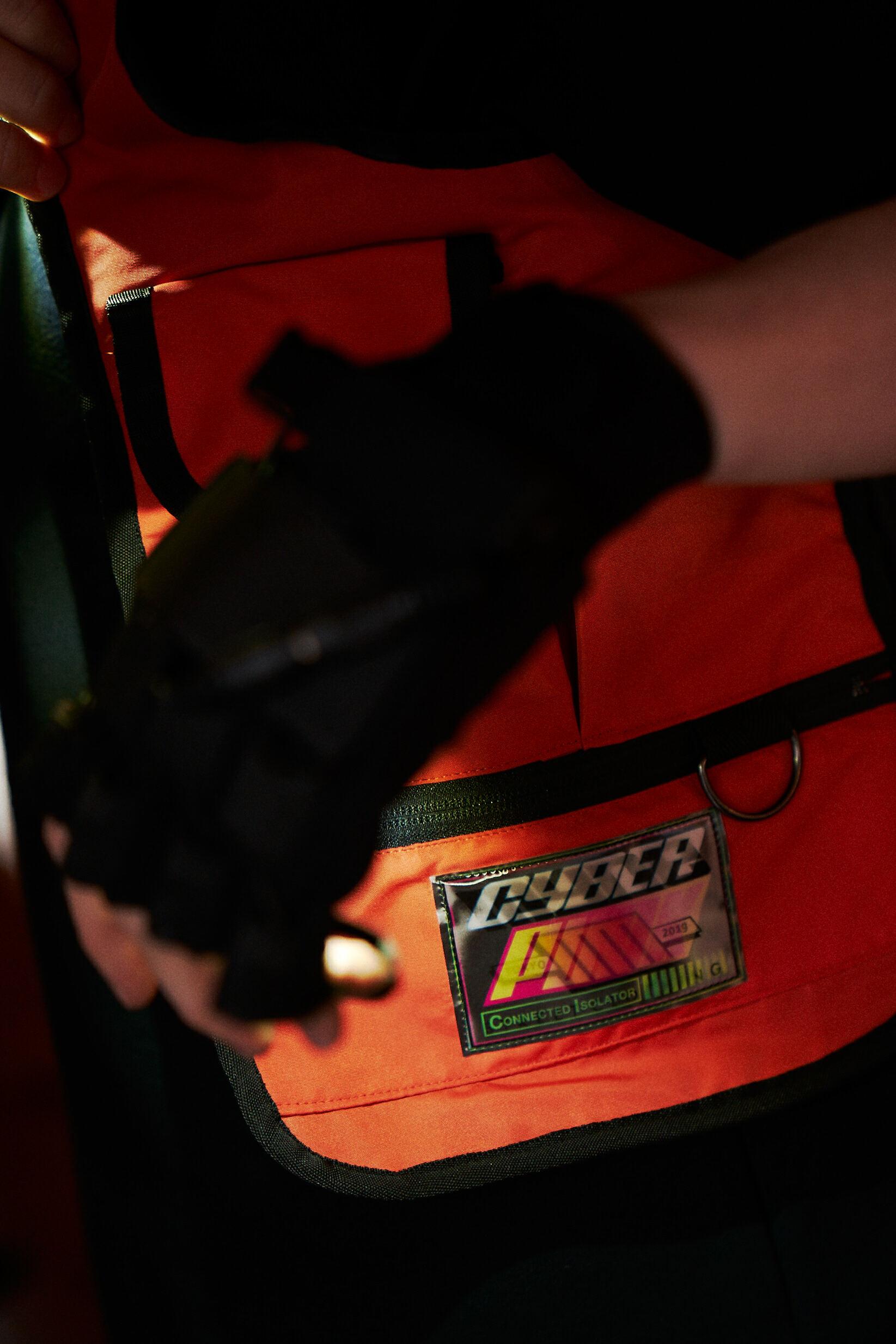Gun holder vest / ORANGE - 画像2