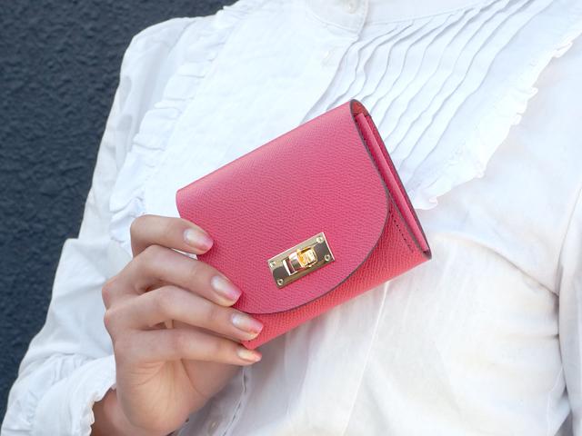 身軽にキメたい時のコンパクト財布|T式パーティーレザー・ピンク