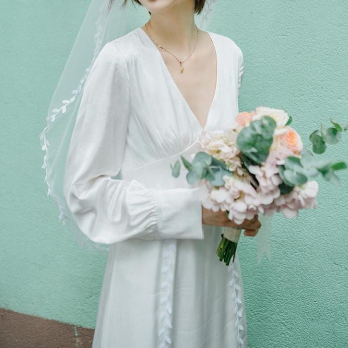 木の葉ライン ホワイトドレス ウエディング 長袖 深Vネック