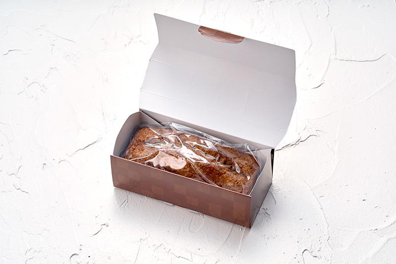 パティシエ特製パウンドケーキ べにちゃ(紅茶)