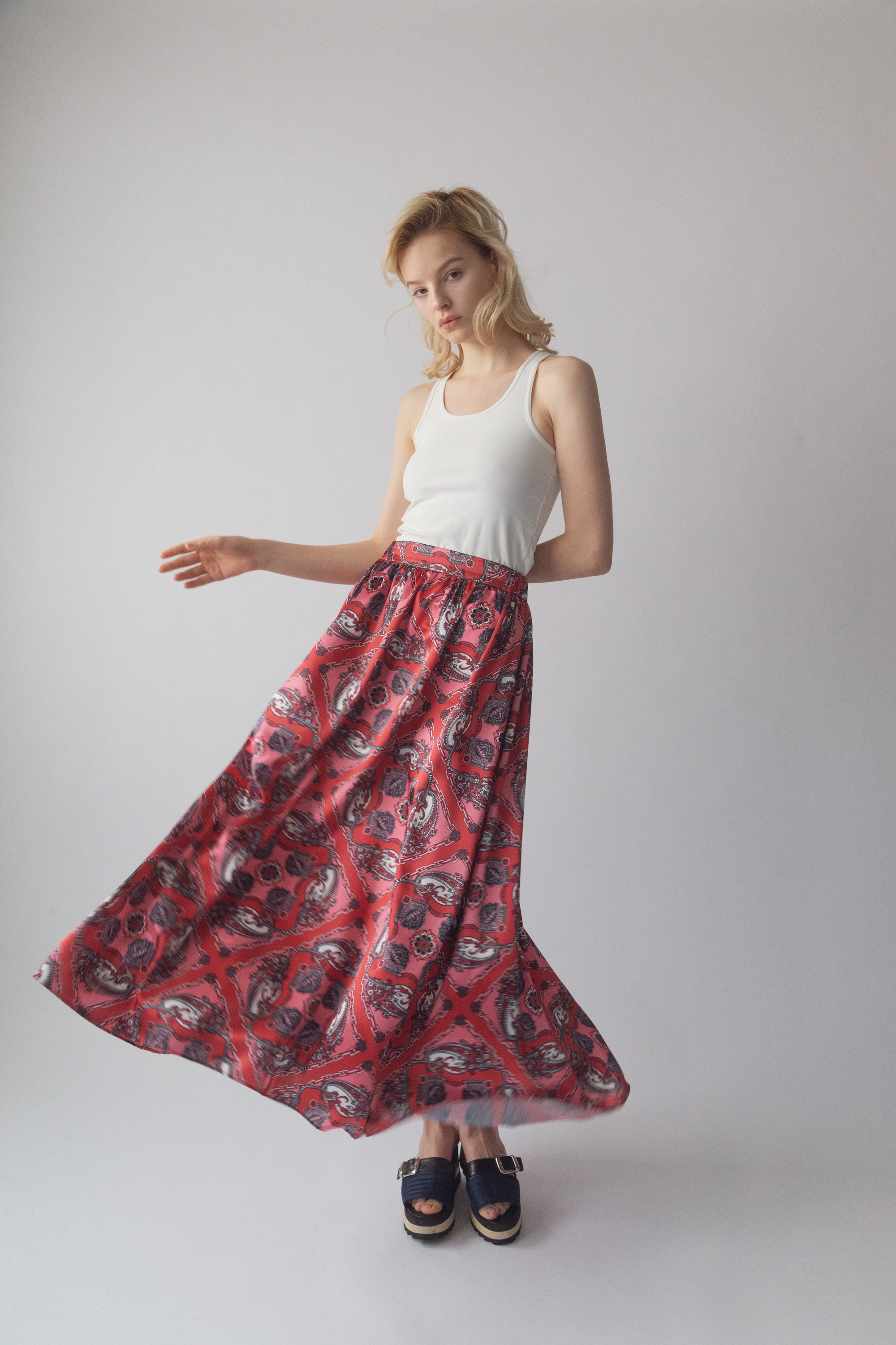 df20SS-20 MULTI PRINT LONG SKIRT