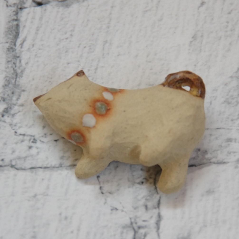 やちむん【小澤早苗】猫のブローチ