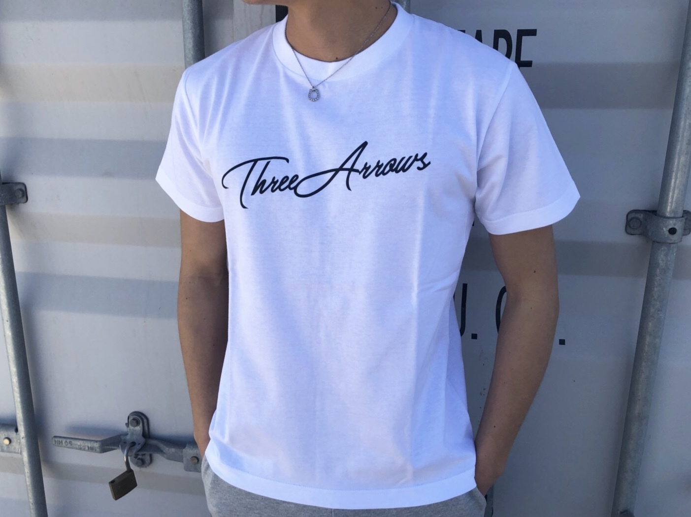 ThreeArrows Tシャツ(white×black)